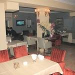 Boudberg Cafe & Restaurant