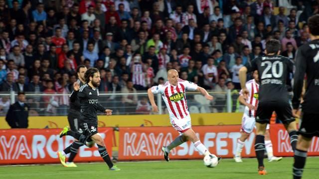 Sivasspor 3-0 Beşiktaş Maçı Geniş Özeti ve Golleri BJK-Sivas