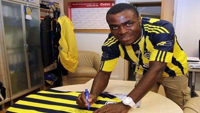 Emenike Fenerbahçe'de