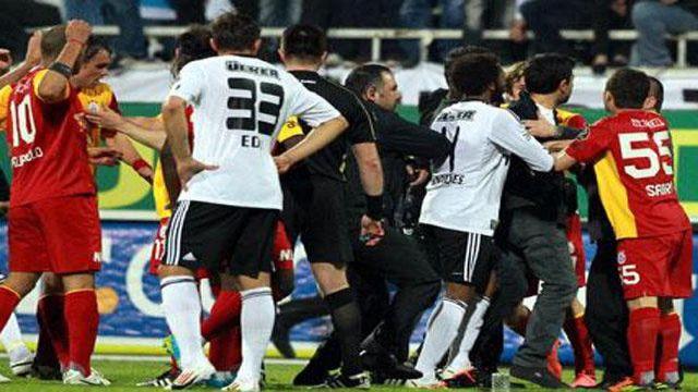 Beşiktaş'a tarihi ceza geliyor!