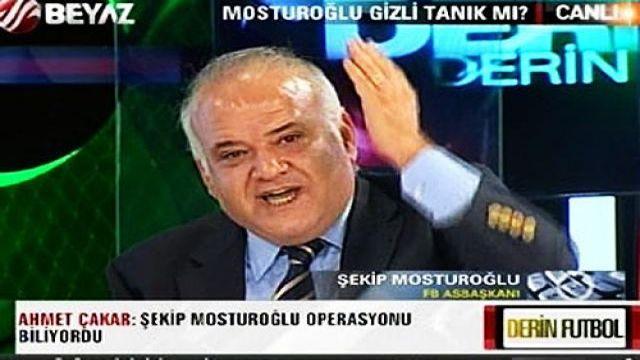 Ahmet Çakar ile Mosturoğlu birbirine girdi (Video)