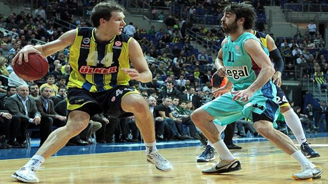 Barcelona Fenerbahçe'yi dağıttı!