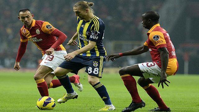 Galatasaray Fenerbahçe'ye fark attı!